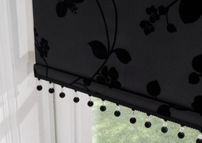 roller-blinds-solaris-black-floral